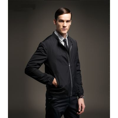 Men's Sport Jacket with Single Butyon on Collar and Zip