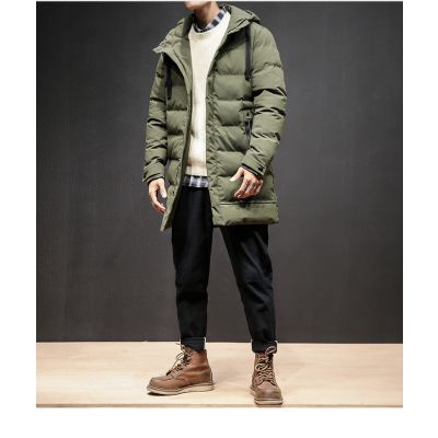 Men's down jacket with hood and side pockets