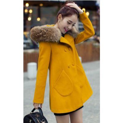 Women's winter coat with fur hood