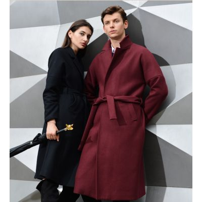 Men's long wool winter coat with closing matching belt
