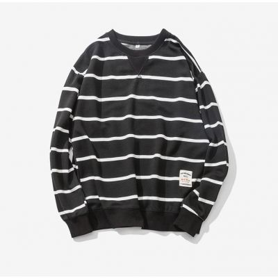 Crewneck sweatshirt for men with black and white horizontal stripes