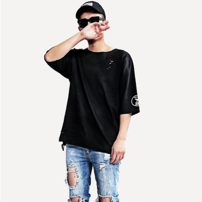 Black Plain t-shirt for men with Hourglass print and destroyed effect