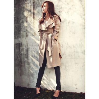 Women's Trench Coat with Trendy Belt