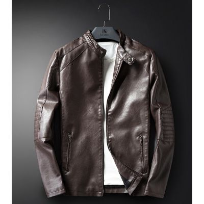 Leather jacket for men with side pockets and padded elbows