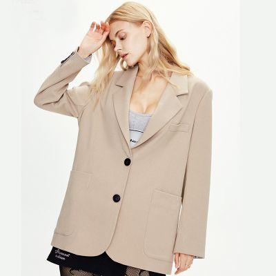 Chic women blazer casual style