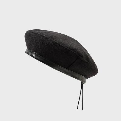 Leopard print beret for women