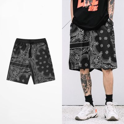 Men's baggy shorts with bandana print