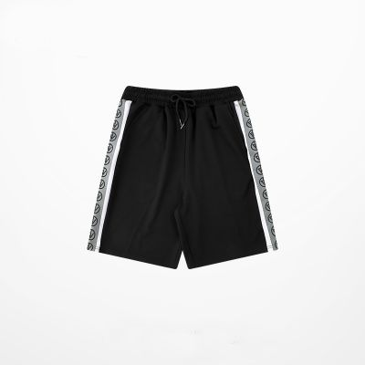 Men's shorts with reflective sports string on both sides