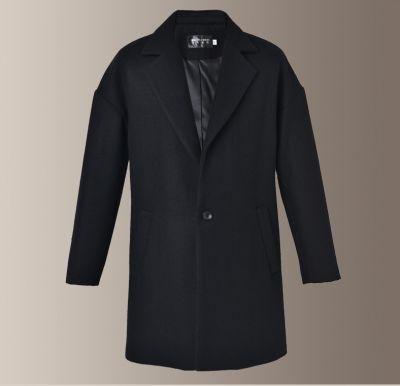 Men's woolen overcoat with single button closure