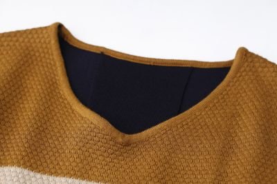 Simple Geometric Striped Jumper for Men with Colored Shoulders