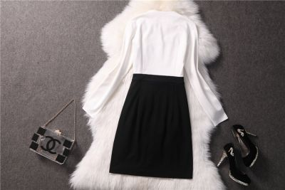 Trendy Dress for women with button collar closure