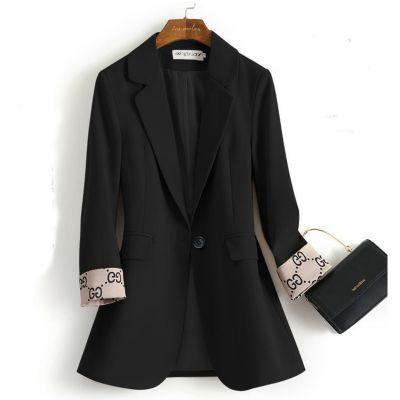 Women's single breasted suit blazer